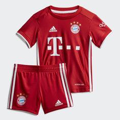 Комплект: футболка и шорты Бавария Мюнхен adidas Performance