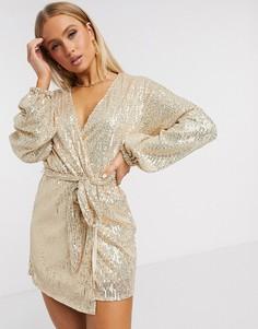 Платье мини с длинными рукавами и золотистыми пайетками Club L-Золотистый