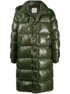 Moncler пальто-пуховик с нашивкой-логотипом