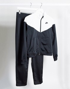 Черно-белый спортивный костюм Nike-Черный