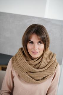 Снуд Mira Adriana