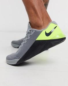 Серо-зеленые кроссовкиNike TrainingMetcon5-Серый