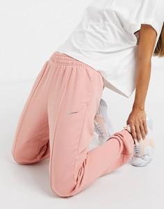 Коралловые oversized-джоггеры с логотипом металлик Nike-Розовый