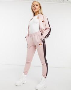 Розовые джоггеры от комплекта ellesse-Розовый цвет