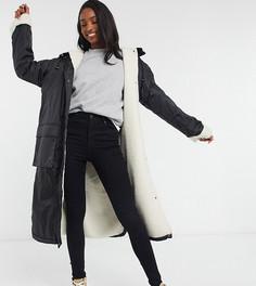 Черная куртка-дождевик макси с подкладкой из искусственного мехаASOS DESIGN Tall-Черный