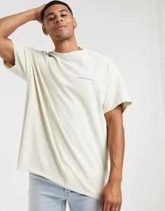 Светло-бежевая футболка с принтомNew Look-Светло-бежевый