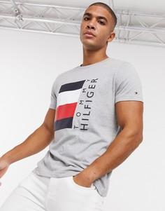 Серая меланжевая футболкас логотипомTommy Hilfiger-Серый
