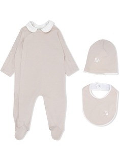 Fendi Kids комплект из комбинезона, шапки и нагрудника