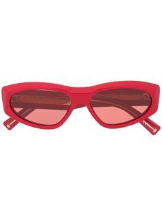 Givenchy Eyewear солнцезащитные очки в оправе кошачий глаз