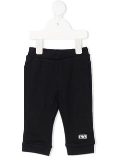 Emporio Armani Kids спортивные брюки с нашивкой-логотипом