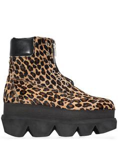 Sacai ботинки с леопардовым принтом