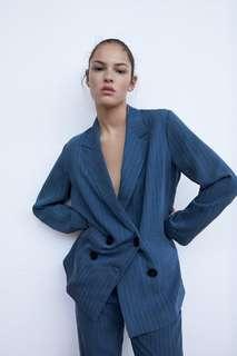 Двубортный пиджак в полоску Zara