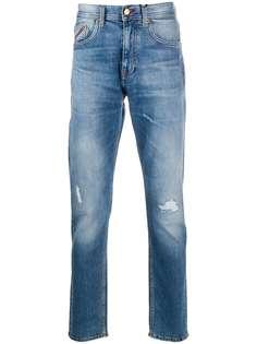 Tommy Hilfiger джинсы прямого кроя с эффектом потертости