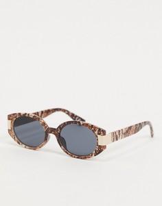 Коричневые круглые солнцезащитные очки со змеиным принтом ASOS DESIGN-Коричневый