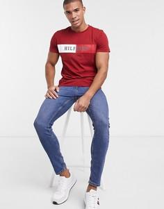 Футболка с контрастной полосой и логотипом Tommy Hilfiger-Красный