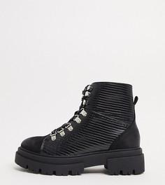 Черные походные ботинки с крокодиловым рисунком Glamorous Wide Fit-Черный