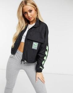 Черно-зеленая спортивная куртка Puma-Черный