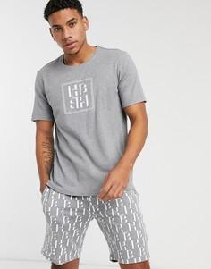 Комплект для дома из шорт и футболки BOSS-Серый