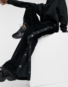 Черные бархатные джоггеры с широкими штанинами и кнопками по бокам от комплекта Love Moschino-Черный