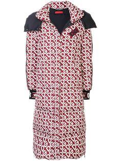 Dolce & Gabbana пальто-пуховик с логотипом DG и капюшоном