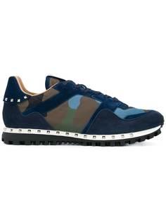 Valentino Garavani кроссовки на шнуровке с камуфляжным принтом