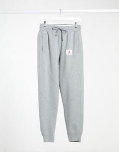 Серые джоггеры Nike Jordan flight-Серый