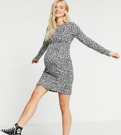 Облегающее серое платье сперекрученной отделкой спереди и леопардовымпринтом MamaliciousMaternity-Белый Mama.Licious