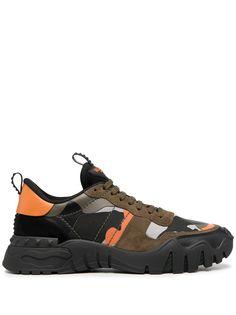 Valentino Garavani кроссовки Rockrunner Plus с камуфляжным принтом