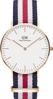Женские часы в коллекции Classic Женские часы Daniel Wellington DW00100030