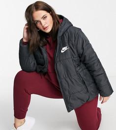 Черный пуховик с логотипом на спинке Nike Plus