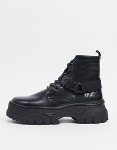 Черные ботинки из искусственной кожи на шнуровке с ремешком и массивной подошвой ASOS DESIGN-Черный