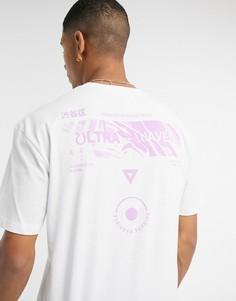 Белая футболка с волнистым принтом Topman-Белый
