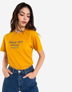 Жёлтая футболка с вышитой надписью Gloria Jeans