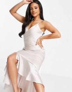 Атласное платье миди с юбкой годе цвета шампанского Chi Chi London-Кремовый