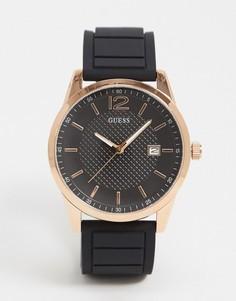Часы с золотистым циферблатом и черным ремешком Guess-Черный