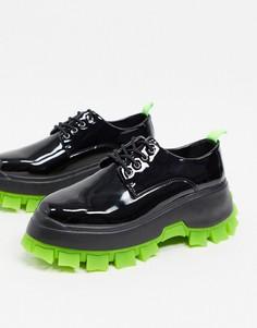 Черные туфли из искусственной кожи на шнуровке с зеленой рифленой подошвой ASOS DESIGN-Черный