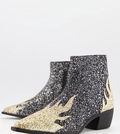 Ботинки челси для широкой стопы в стиле вестерн на кубинском каблуке с блестящим принтом в виде пламени ASOS DESIGN-Черный