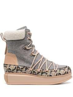 Salvatore Ferragamo ботинки с узором Gancini и шнуровкой