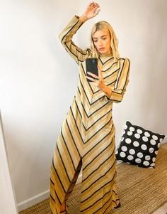 Золотистое платье макси с разрезом спереди и принтом «елочка» Selected Femme-Многоцветный