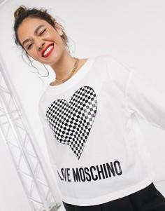 Белый кроп-топ с логотипом и принтом в виде сердца с узором шахматная доска Love Moschino
