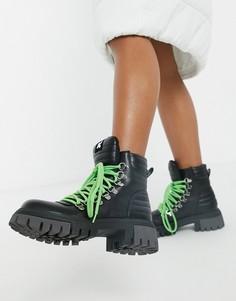 Черные ботинки из искусственной кожи на массивной подошве Koi Footwear Ephemeris-Черный