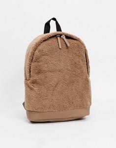 Бежевый рюкзак из искусственного меха с основанием из искусственной кожи ASOS DESIGN-Светло-коричневый