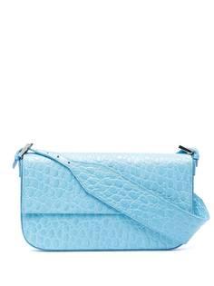 BY FAR сумка Manu с тиснением под крокодила