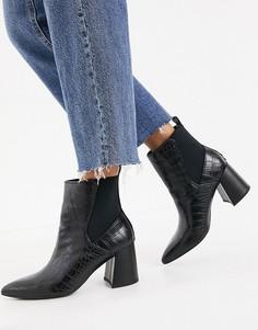 Черные полусапожки челси с заостренным носком и эффектом крокодиловой кожи London Rebel-Черный цвет