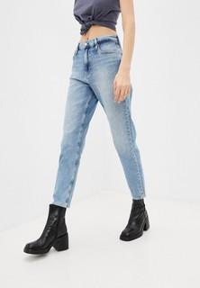 Джинсы Calvin Klein Jeans MOM JEAN