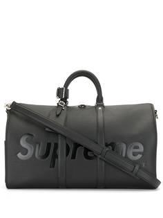 Louis Vuitton сумка Epi Keepall Bandouliere 2017-го года из коллаборации с Supreme