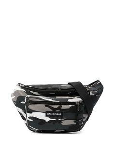 Balenciaga поясная сумка с камуфляжным принтом