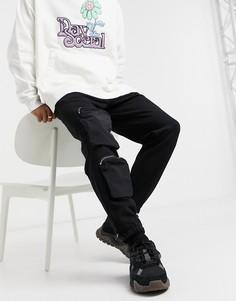Черные суженные книзу джоггеры с нейлоновыми карманами в стиле милитари ASOS DESIGN-Черный цвет