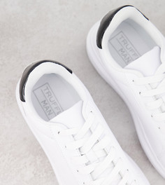 Белые кроссовки для широкой стопы на массивной подошве Truffle Collection-Белый
