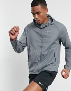 Серая куртка с капюшоном Nike Running Essentials-Серый
